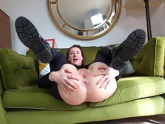 Kinky solo wife Lara takes off her latex pants to tease the camera