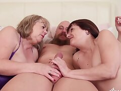 Deep cock sharing home trio for two mature sluts