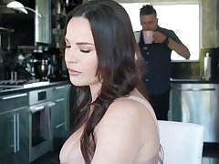 Killing hot Latin homoerotic Alina Lopez seduces big tittied boss's wife