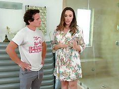 Yummy masseuse Chanel Preston provides her client with unforgettable pleasure