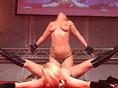 flexi cowgirl milfs on public stage