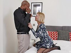 blonde Alby Daor is watchful of swart and hard penis on the bed