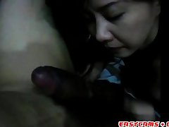 korean pussy licks the old hand