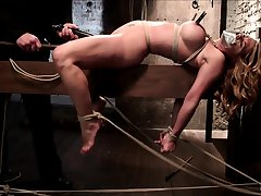 Kiny brunette cookie enjoys hardcore pussy fuck and bdsm