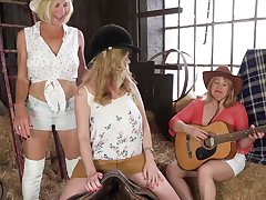 Coition Addicted Grannies - Orchestrate Coition Video