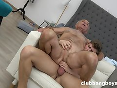 Old impoverish enjoys anal sex with a much younger supplicant