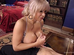 Isolated blonde milf Alyssa Lynn with a th� dansant gag gets fucked