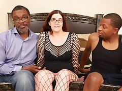 Prexy mom PAWG has Holes Filled By Beamy Blacklist COCKS - interracial