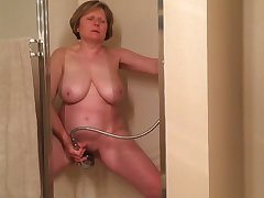 I gave this old whore 100 dollars take masturbate be proper of me in the shower