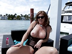 Thick thighed MILF with huge titties Ivy Secret loves to acquire fucked doggy style
