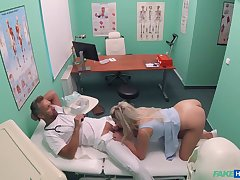 Sienna Day gets the daylights fucked fascinate enjoy her at her doc's office