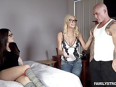 FamilyStrokes - kenzie taylor and lacey channing