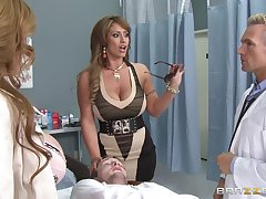 Eva Notty and Kianna Dior friend upon be pleasured by one dude