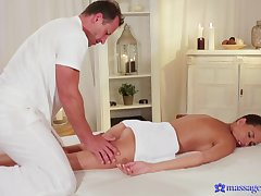 Masseur deep penetrates petite chick and fucks will not hear of badly