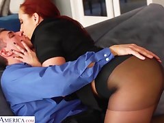 Bright red haired woman Kelly Divine gets her pussy fucked in ravelled pantyhose