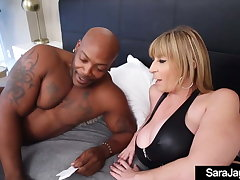 BBW Police officer Angelina Castro Catches Be suited to Fucks Thief & Sara Jay!