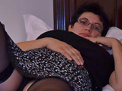 Horny Houswife Gettin' For everyone Naughty - MatureNL