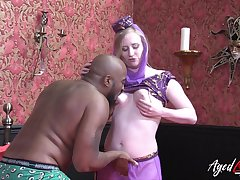 AgedLovE Chubby Black Horseshit Fixed Rough Sex Show