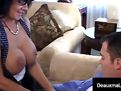 Big Mamma Mommy Deauxma Jets Jizz With Uncalculated Fan Fucking!