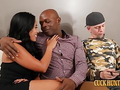 Latina Overprotect Fucks Negro Knob for Creampie before Divorce