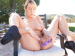 Unaffected boobs wifey Maxim loves playing with her pussy not far from gone away from