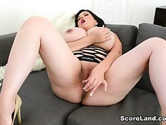 Killer Tits - Paige Turner - Scoreland