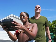 Bald dude gets to late this ebony's wet cunt in a crazy round