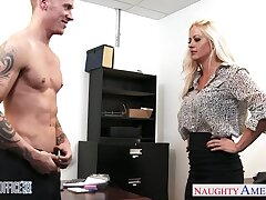 Hot busty blonde MILF Holly Hearts spreads legs wide and fucks in get under one's cards explore
